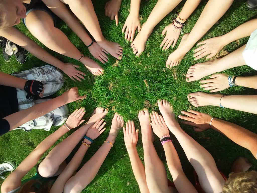 community-diversity-feet-53958